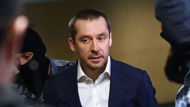 «Человек лукавый» — Почему хозяина миллиардов Захарченко оставили в секрете