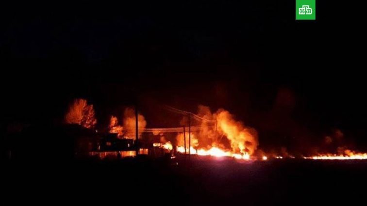 «Нефтяной апокалипсис» — В России прорвало трубопровод с нефтью, начался масштабный пожар