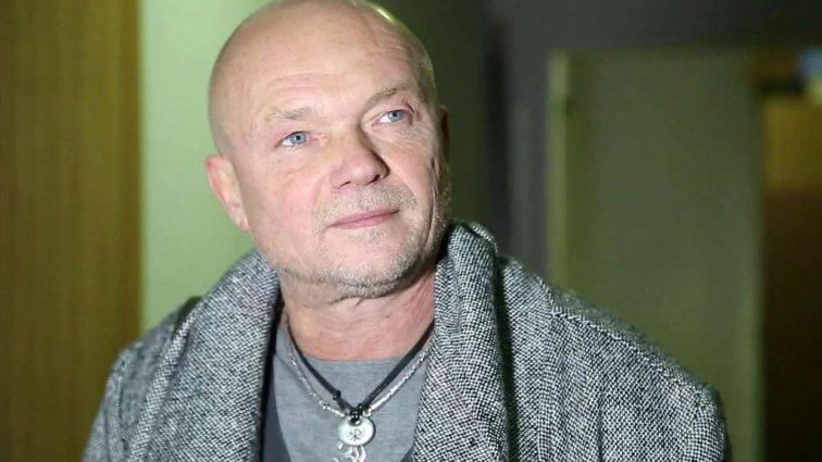 «После 20 лет брака» — Посмотрите, ради кого легендарный актер Андрей Смоляков ушел из семьи