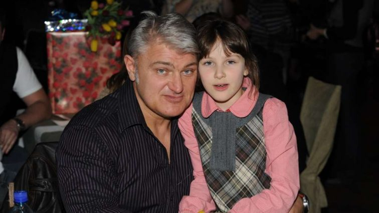 «Когда он умирал, ей было всего 10» — Только посмотрите на повзрослевшую красавицу-дочку Турчинского