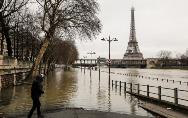 Уровень реки достигнет максимума: из-за наводнения эвакуированы люди