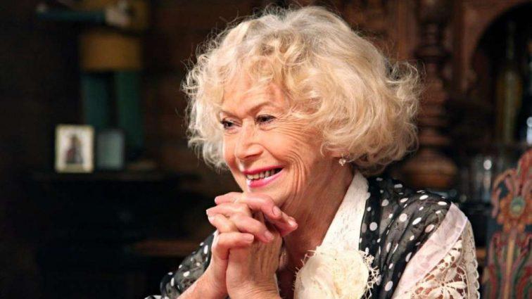 Коллеги 80-ти летней Светланы Немоляевой рассказали всю правду о любовных похождениях актрисы на стороне