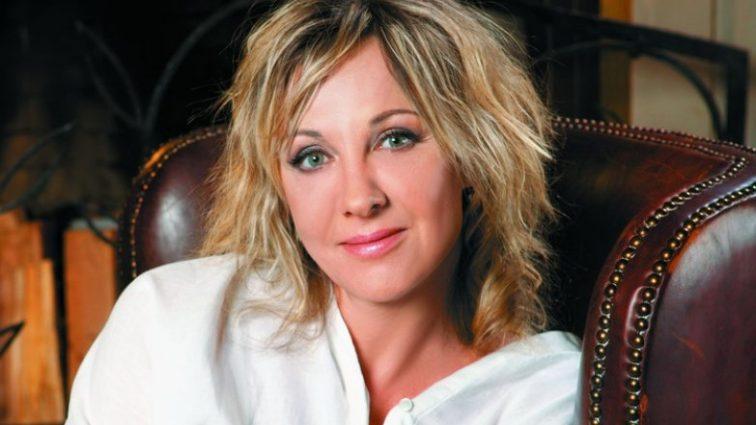 «Такого никто не ожидал»: Актриса Елена Яковлева впервые показала мужа и сына, и рассказала всю правду о браке