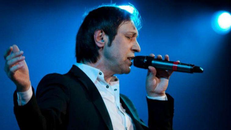Лишили звания Заслуженного артиста: Россияне требуют наградить известного музыканта Николая Носкова