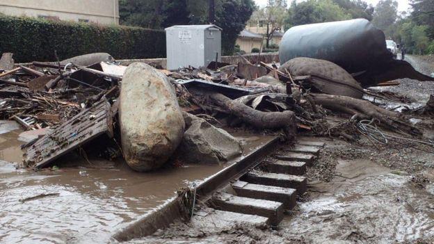 Разрушительные оползни: есть погибшие, уничтожены жилья