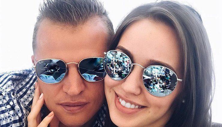 «Будьте счастливы»: Дмитрий Тарасов обвенчался с избранницей
