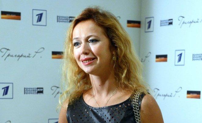 Стройная красавица: Елена Захарова раскрыла секрет отличной фигуры