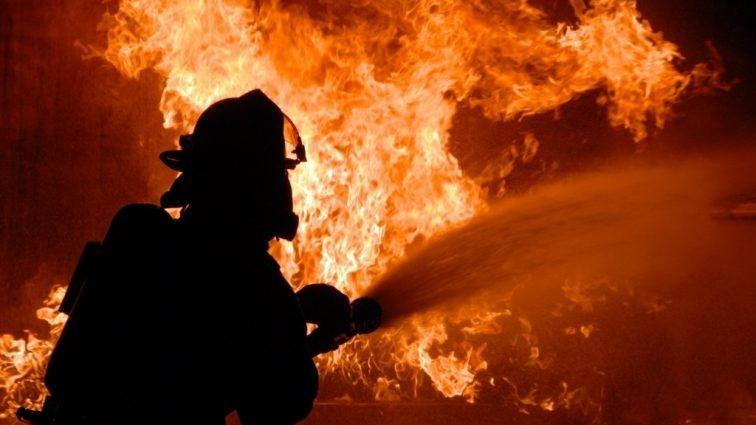 Сильный пожар на дискотеке: есть пострадавшие