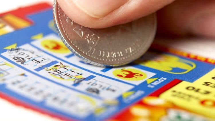 «Удалось угадать пять основных чисел»: мужчина выиграл в лотерею 42 млн евро