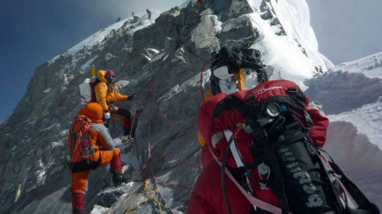 «Что-то пошло не так»: парень погиб в горах спасая свою девушку