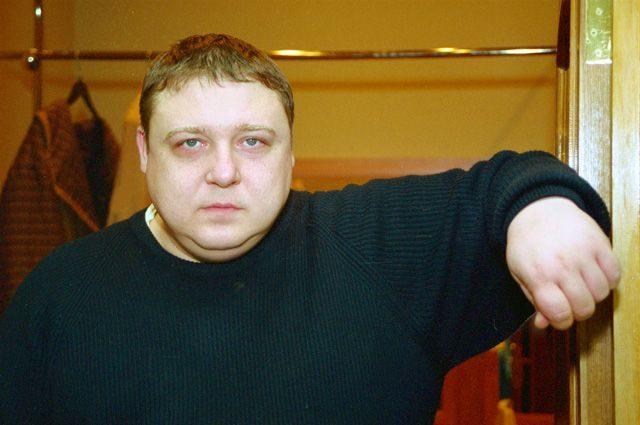 Мечтает о роли любимого мужа: с кем связывал свою судьбу актер Александр Семчев и чем занимается сейчас