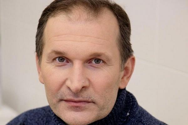 «Продлили срок пребывания в больнице»: стало известно о самочувствии Добронравова
