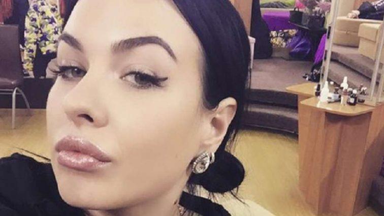 «Я тоскую по длинным темным волосам»:  победившая рак Елена Степунина поделилась откровением с подписчиками