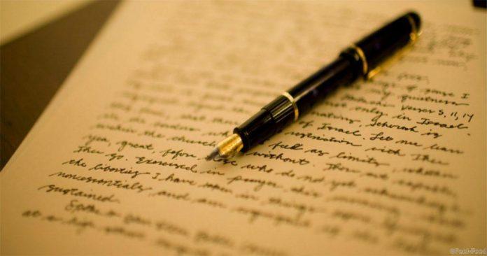 «Мой дорогой еще не все волосы выпали?!?»: мужчина получает письма от умершей жены