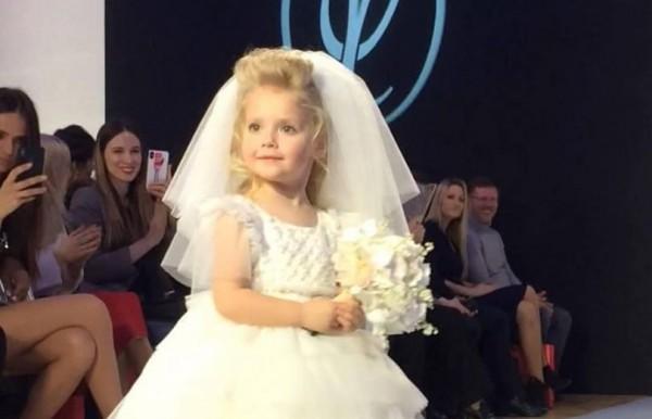 «Маленькая свадебная принцесса»: Дочь Пугачевой блеснула на подиуме
