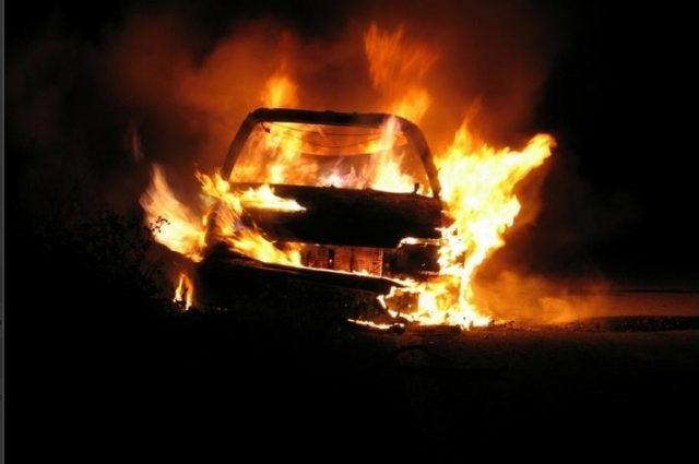 «Не справился с управлением»: четыре человека погибли из-за аварии с возгоранием
