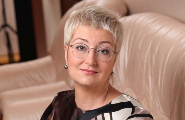 «Всегда любила хорошо поесть»: Татьяна Устинова рассказала, как ей удалось сбросить почти 100 килограмм