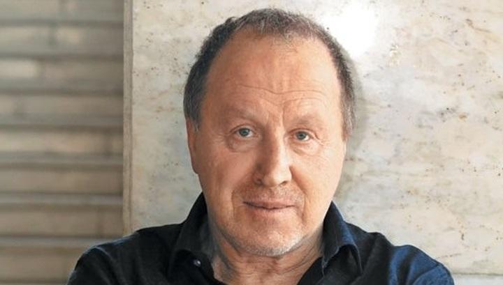 70-летний Владимир Стеклов стал отцом третий раз и показал новую жену
