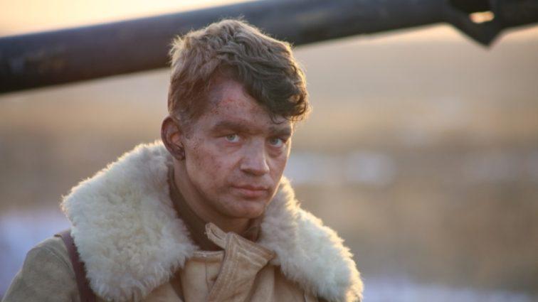 «Поклонницы ждут его возле съемочных площадок. А кто ждет его дома?»: узнайте больше интересного о жизни Алексея Демидова