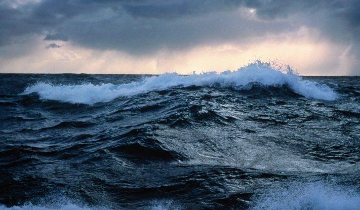 Соль в море