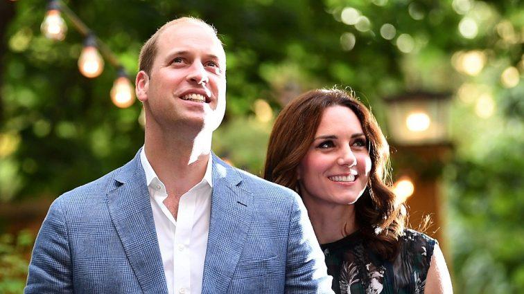 «Не связано с предрассудками»: почему мир не сразу узнает о рождении ребенка Кейт Миддлтон и Принца Уильяма