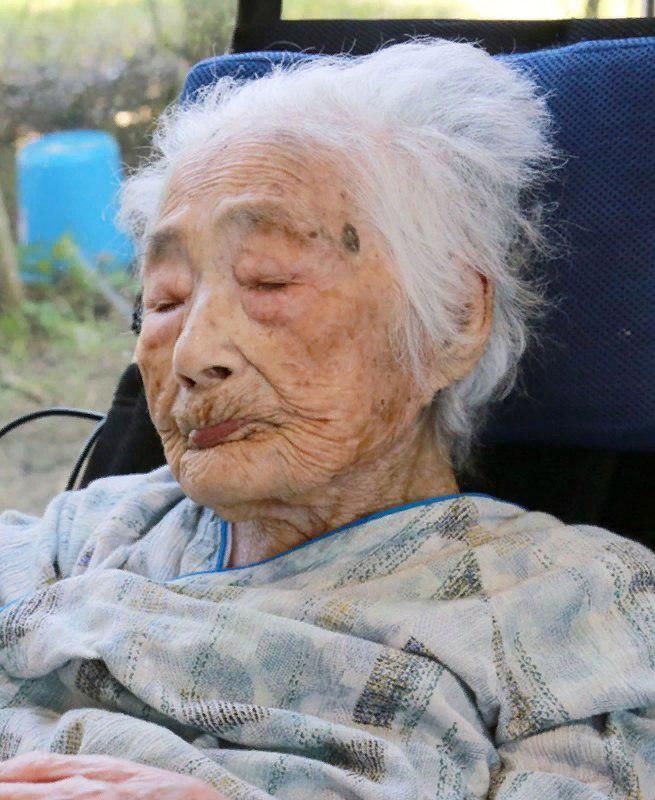 самый старый человек фотография таких
