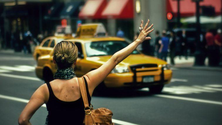 «Вызвала машину после концерта и…»: Таксист пытался изнасиловать известную певицу