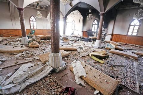 Теракт в мечети отнял десятки человеческих жизней
