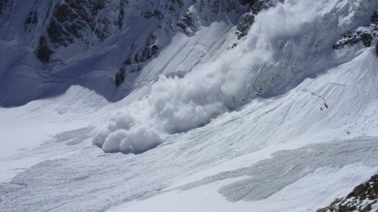 Из-за непогоды в горах погибло и пострадало много людей