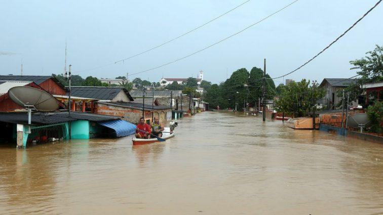 «Около 200 тысяч людей были вынуждены покинуть свои дома»: последствия смертоносного потопа