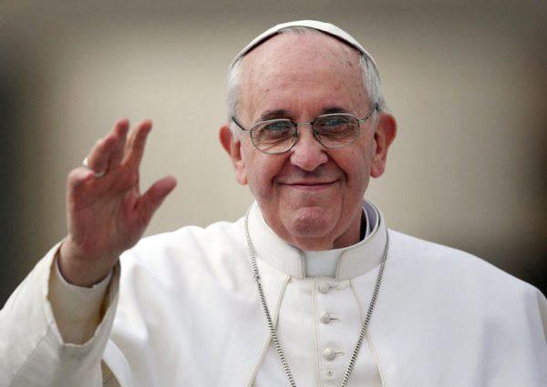 Папа Римский сделал заявление в поддержку геев