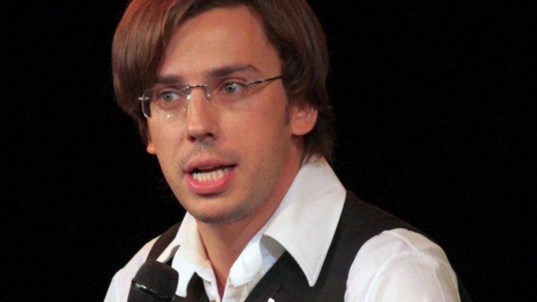 «Ну шевелюра у вас»: Галкин опубликовал видео с гастролей в поле