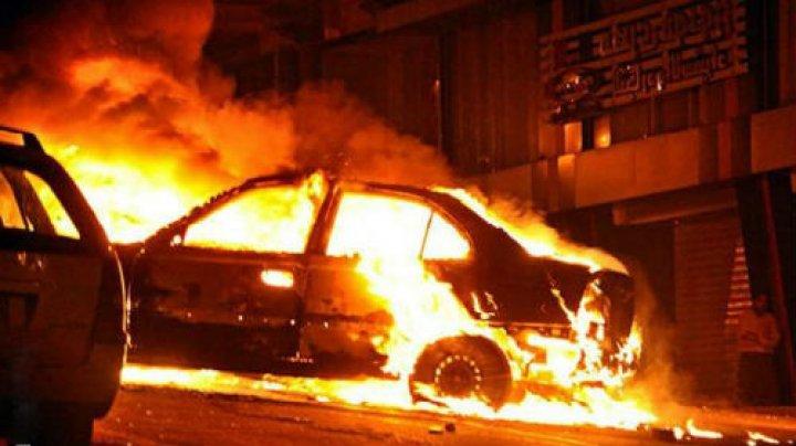 Известный певец едва не погиб в горящей машине в Москве