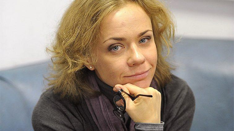 «Певица, телеведущая и «рублевская» жена»: Тайны личной жизни Елены Перовой и как она живет сейчас