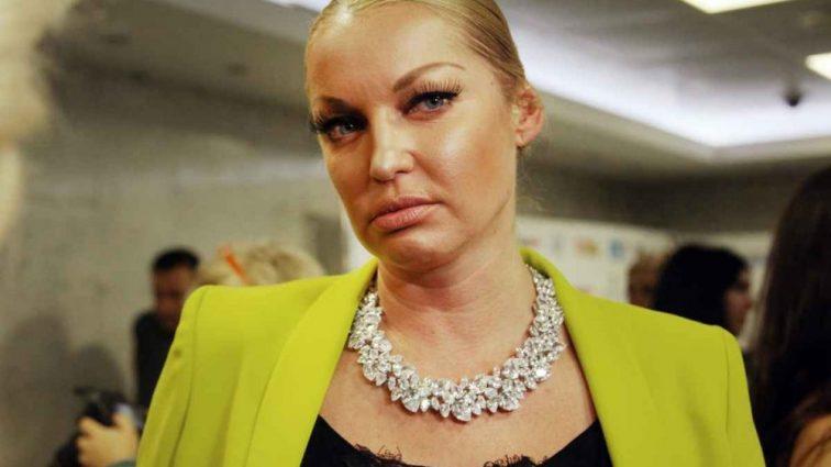 Анастасию Волочкову втянули в скандал с красавицей-болельщицей на ЧМ-2018