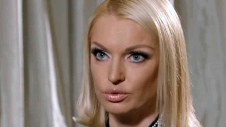 Анастасия Волочкова рассказала о конфликте с поклонницей