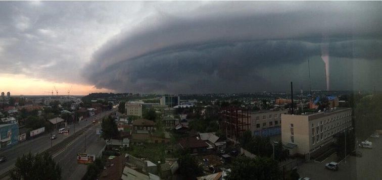 Введен режим ЧС: Жители Барнаула, пережили «конец света» в городе, есть жертвы