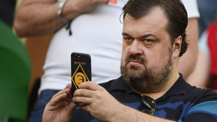 Василий Уткин извинился перед узбекским рефери матча Аргентина — Хорватия за то, что назвал его сыном ишака