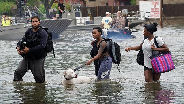 Страшное наводнение в США: Техас в воде