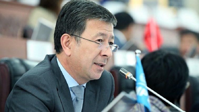 «Через брод на границе»: вице-премьер Киргизии с позором сбежал из страны