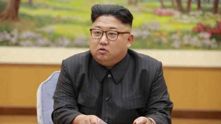 «Чего он боится?»: Ким Чен Ын едет на саммит с собственной едой