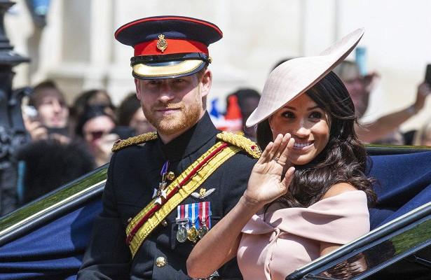 «Что это с Гарри и Меган???»: народ ужаснул вид королевской четы