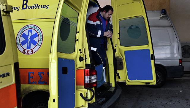 Крупная авария в Греции: перевернулся автобус с незаконными мигрантами