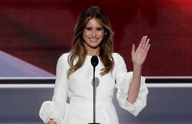 «Отомстила!»: Меланья Трамп бросила мужа в день его рождения