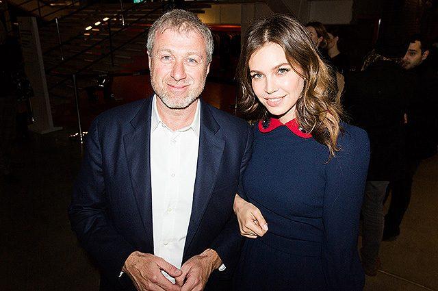«На юбилее вместе и в приподнятом настроении»: Абрамович с Жуковой воссоединились