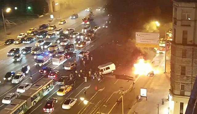 «Сгорели заживо»: В Москве «золотая молодежь» устроила крупное ДТП