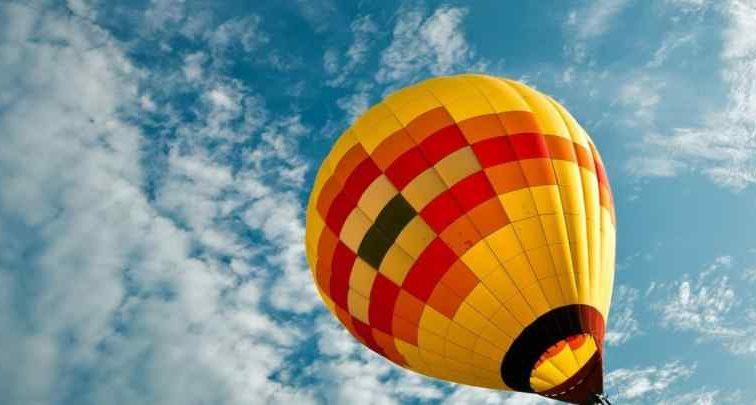 Упал воздушный шар с людьми: узнайте последствия