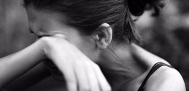 Худрук театра обвинен в домогательствах и изнасиловании