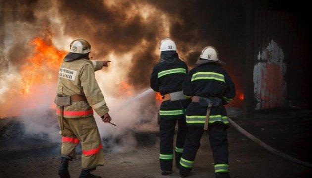 Загорелся частный жилой комплекс: узнайте последствия