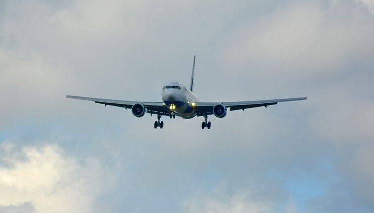ЧП с пассажирским самолетом в небе над Одессой. Детали